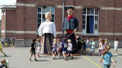 De reuzen Mieke et Janneke - © coindubalai.be