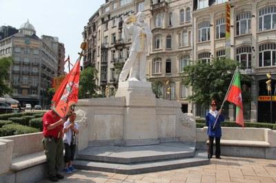 eerbetoon aan het monument van de foorreizigers bij de opening van de zuidfoor