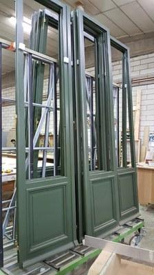 Restauratie van de ramen in het atelier