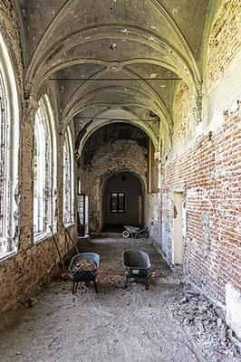 De kloostergang tijdens de werf - ©Urban.brussels